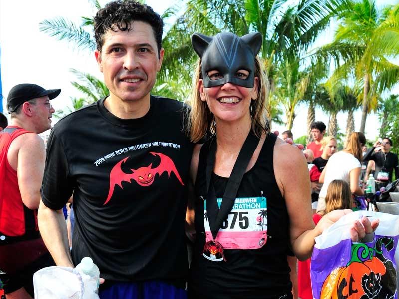 2009 Miami Beach Halloween Half Marathon Medal